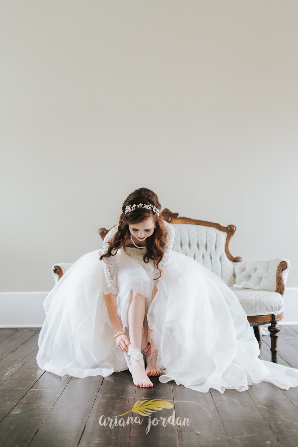 075 - Ariana Jordan - Kentucky Wedding Photographer - Landon & Tabitha 6310.jpg