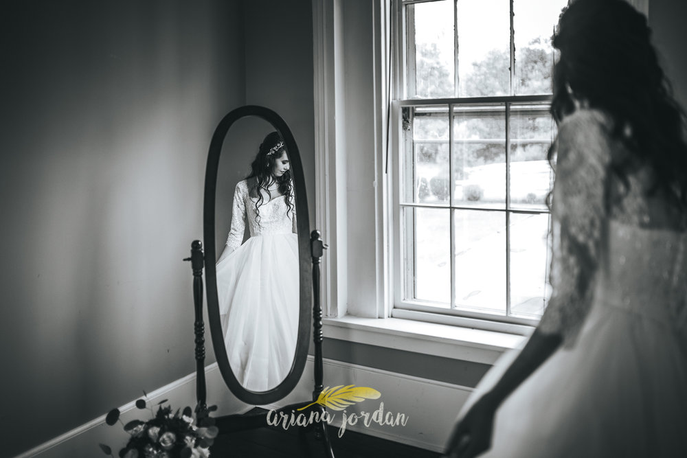 086 - Ariana Jordan - Kentucky Wedding Photographer - Landon & Tabitha 6398.jpg