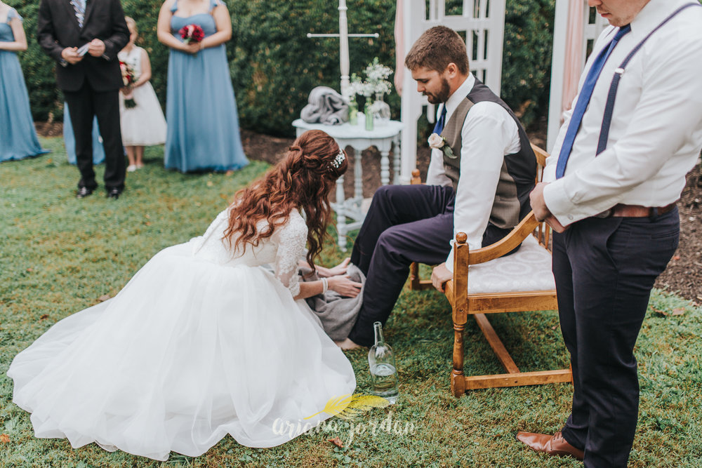 161 - Ariana Jordan - Kentucky Wedding Photographer - Landon & Tabitha 6781.jpg