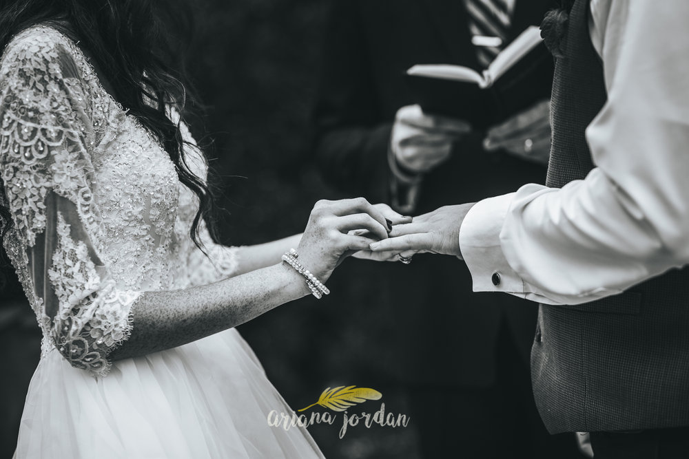 167 - Ariana Jordan - Kentucky Wedding Photographer - Landon & Tabitha_.jpg