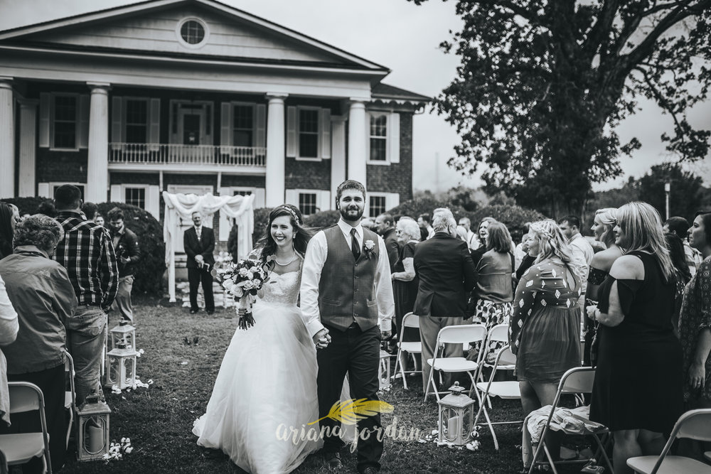174 - Ariana Jordan - Kentucky Wedding Photographer - Landon & Tabitha 6800.jpg