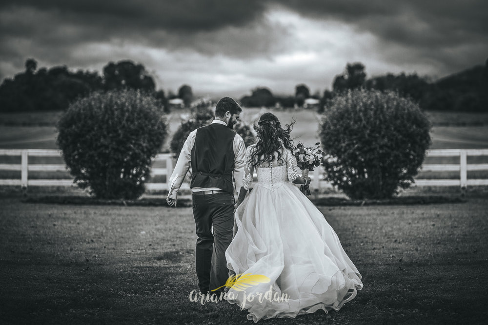 183 - Ariana Jordan - Kentucky Wedding Photographer - Landon & Tabitha_.jpg