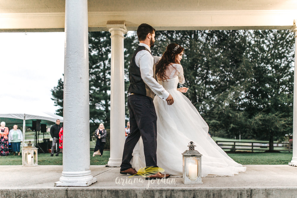 239 - Ariana Jordan - Kentucky Wedding Photographer - Landon & Tabitha 7375.jpg