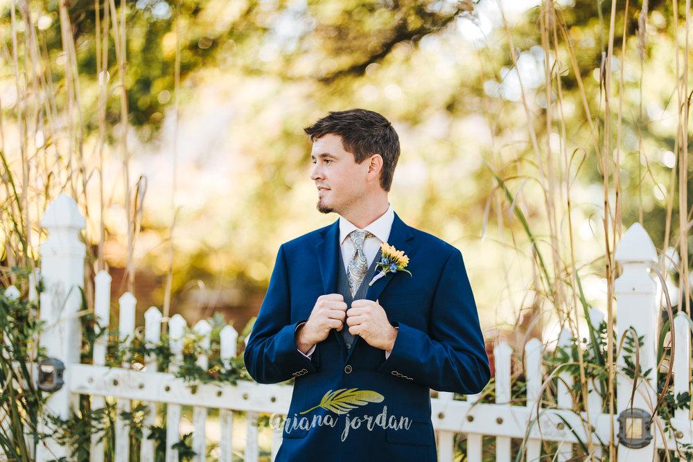 027 Ariana Jordan Photography -Moonlight Fields Lexington Ky Wedding Photographer 4193.jpg