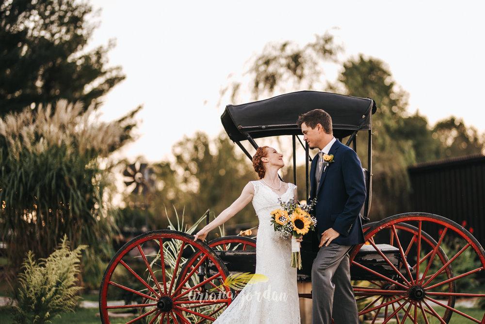 141 Ariana Jordan Photography -Moonlight Fields Lexington Ky Wedding Photographer 5188.jpg