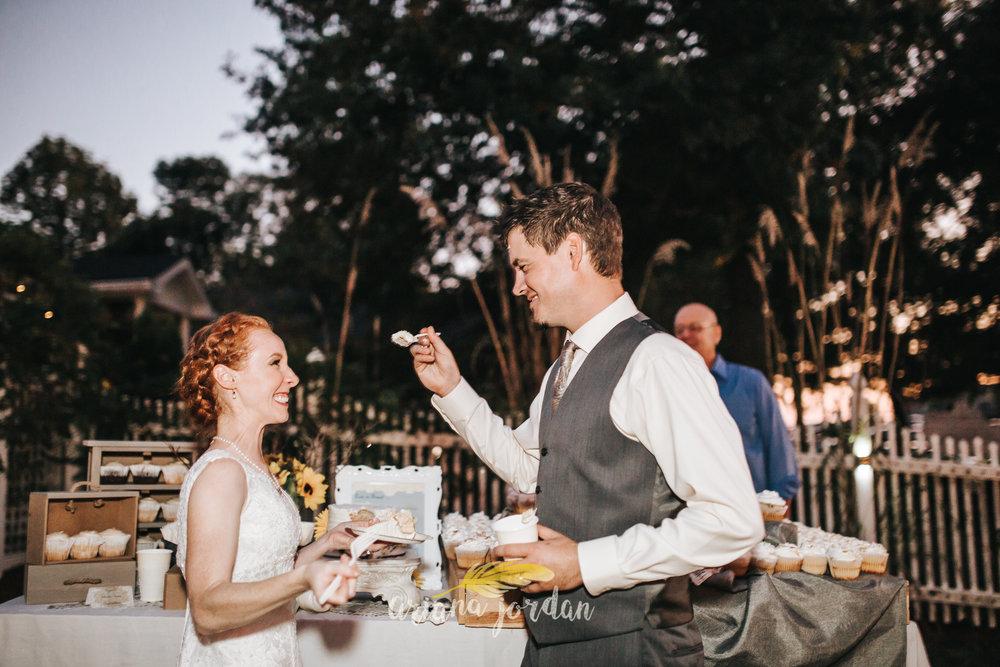 145 Ariana Jordan Photography -Moonlight Fields Lexington Ky Wedding Photographer 2210.jpg