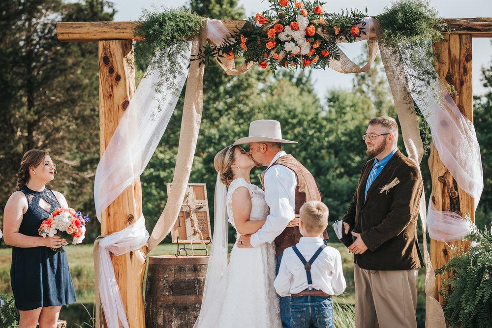 0057 Ariana Jordan Photo - Red River Gorge Wedding Photographer 6083.jpg