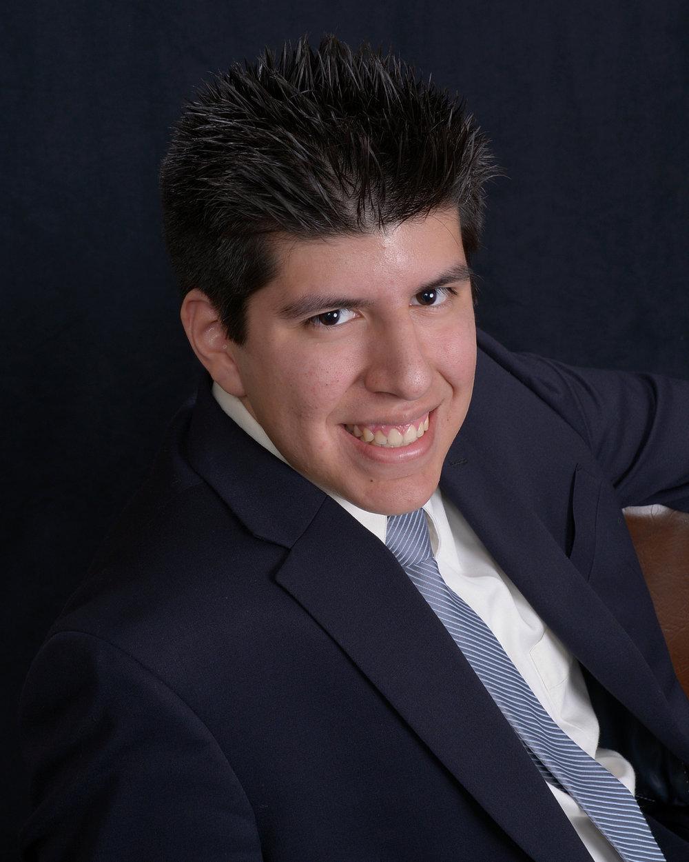 <b>Gustavo Torres</b></br>Start-Up Coordinator