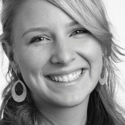 <b>Amanda</b></br>Marketing Chair