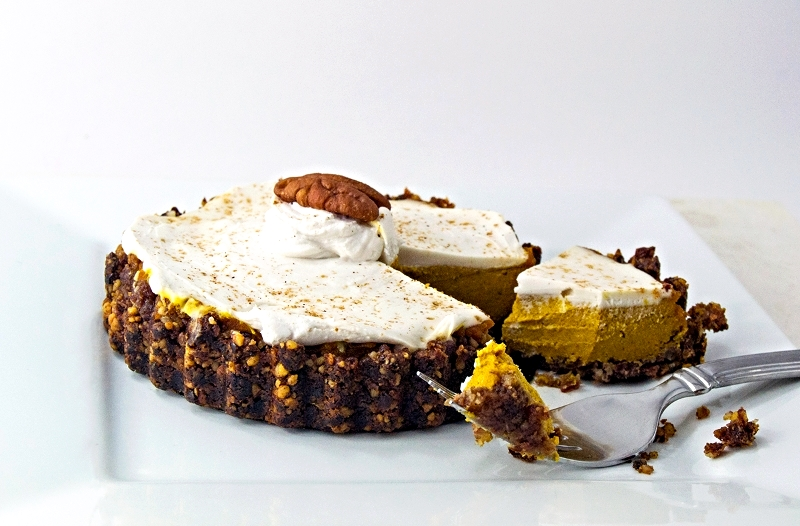 pumpkin-pie-slice1.jpg