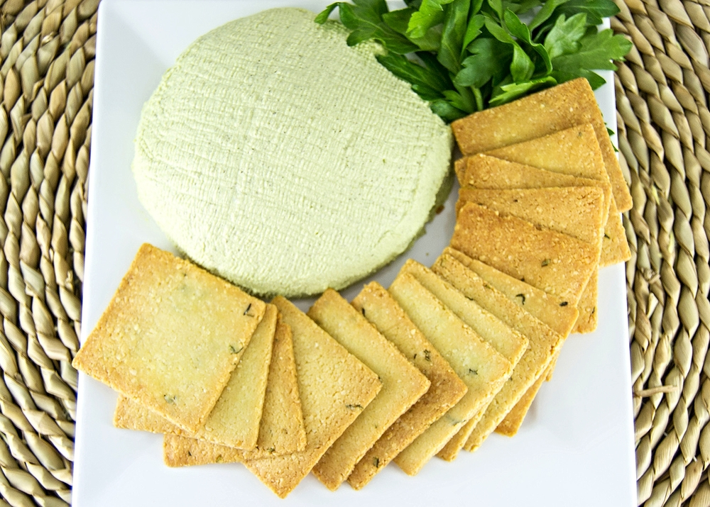 Raw Vegan Pub Cheese
