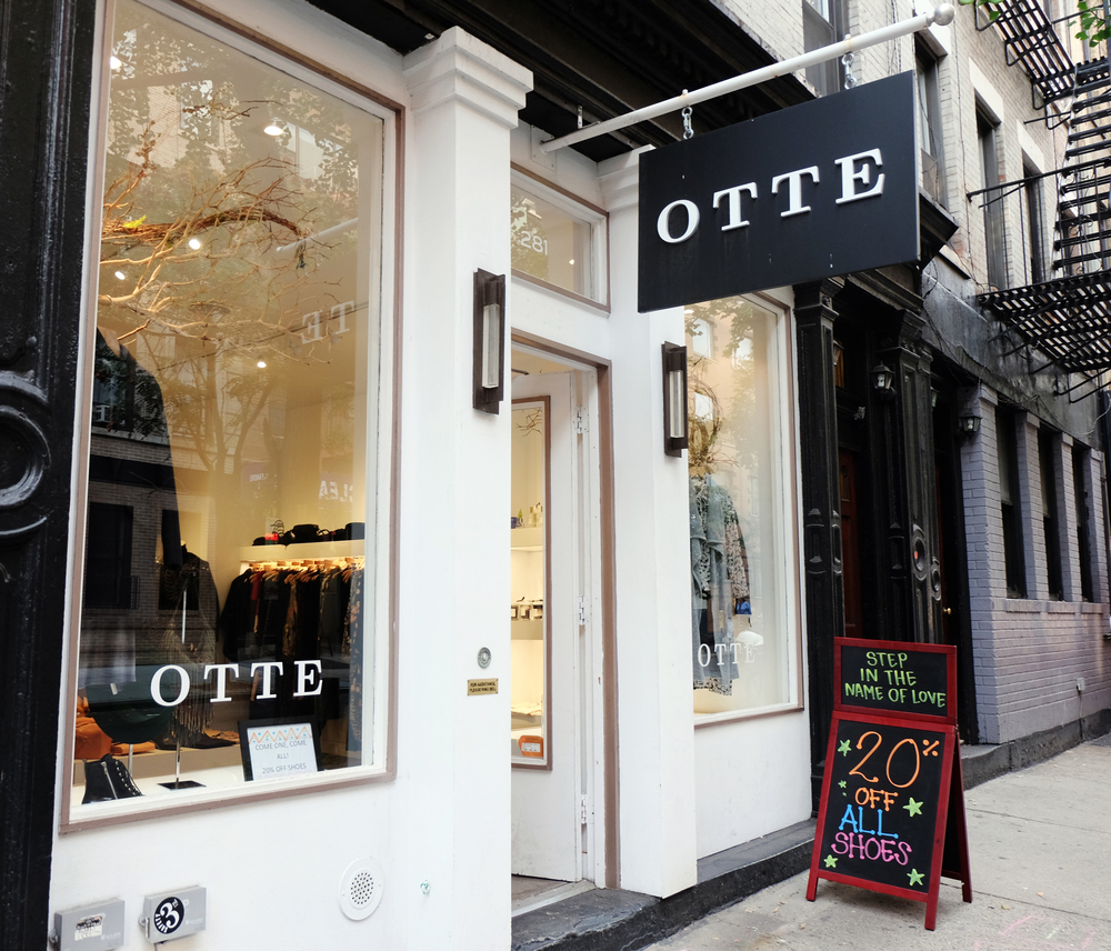 Otte / 281 Mott Street. New York, NY 10012 / 212-925-0200 Otte houses a variety of brands. The assortment ranges from J Brand jeans to One teaspoon denim, Organic by John Patrick to ATM, Margaux Launberg to See by Chloe, ALC to BLK DNM. I like to pop my head in once in a while to see what's going on.