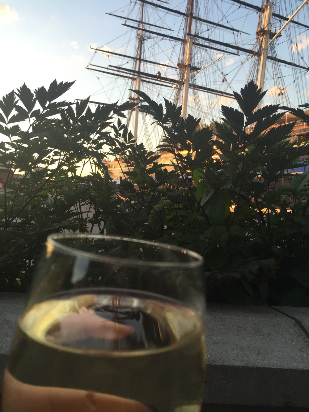 Drinks with a view, catching up with Helen in Greenwich