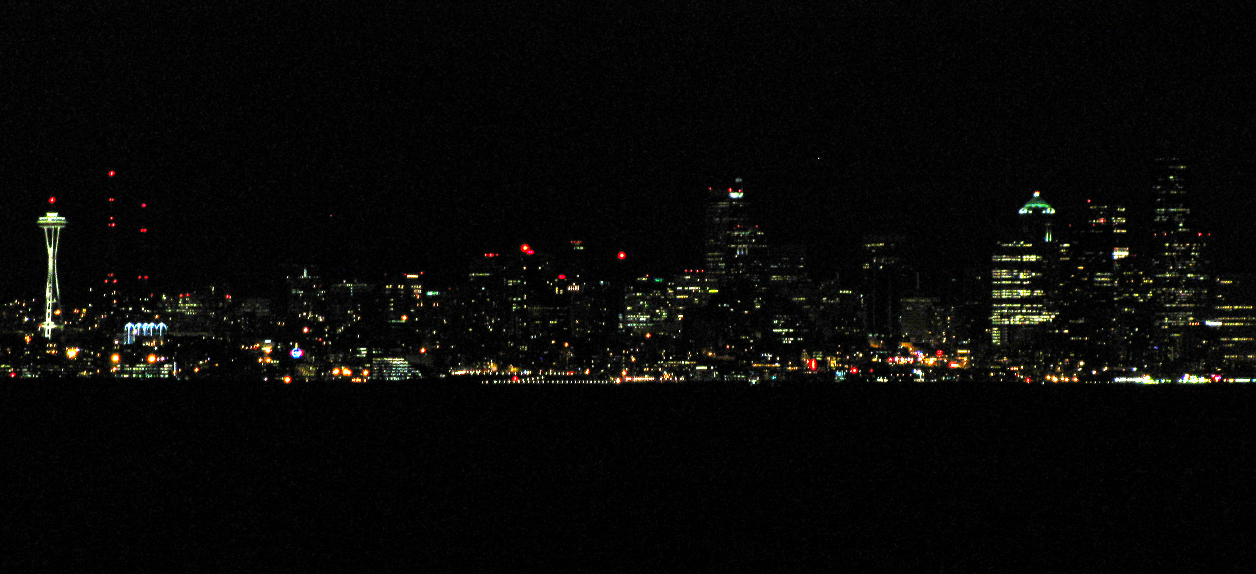 nighttime-skyline