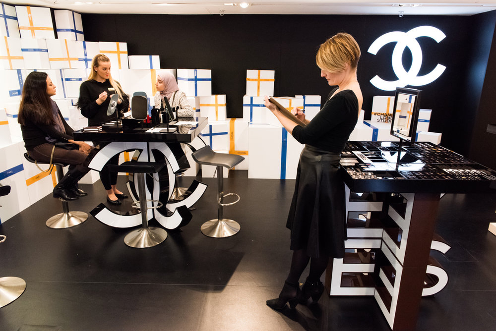 Live fashion illustration with Chanel at Harrods by Willa Gebbie