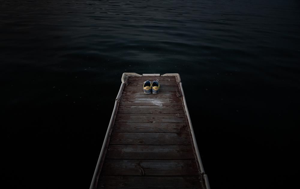 현재에서 과거를 이해하고 아픔에서 행복을 이해하고 이별에서 사랑을 이해하고.  사람들, 항상 왜 이렇게 늦지.