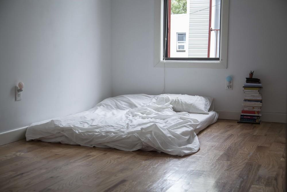 bedroom-empty-bd.JPG