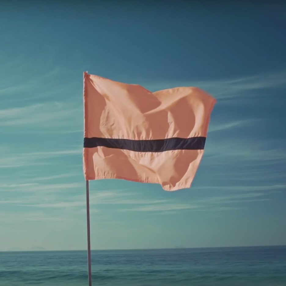 refugee-flag-for-rio-olympics-2016-amnesty-international-_dezeen_sq-936x936.jpg
