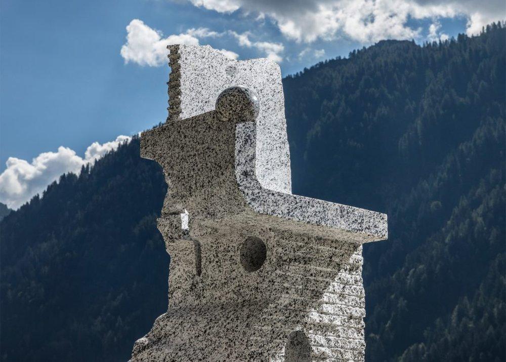 campione-chair-max-lamb-for-pedretti-graniti_dezeen_2364_ss_0-1-1024x732.jpg