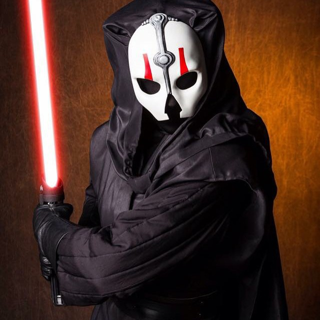 Here is our mask in action on SL-17771, @kimbles . Photo by Richard Dufault. #darthnihilus #nihilus #sith #sithlord #darkside #richarddufault