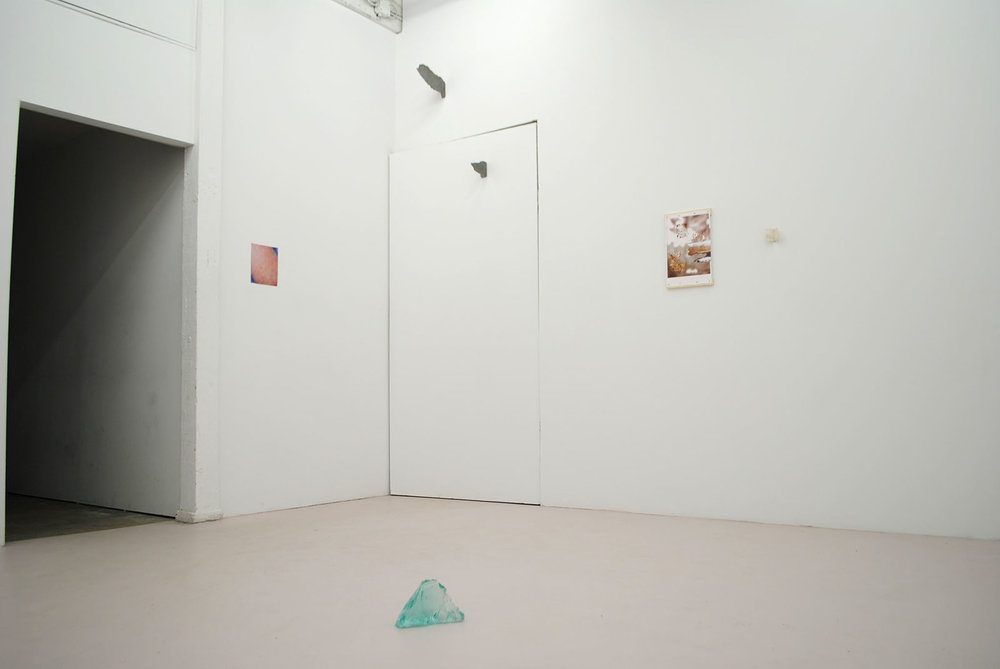 Installation shot of Clues at Duplex, Vancouver, BC; Image by Duplex.