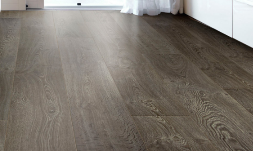 slippery laminate floor coating treatment
