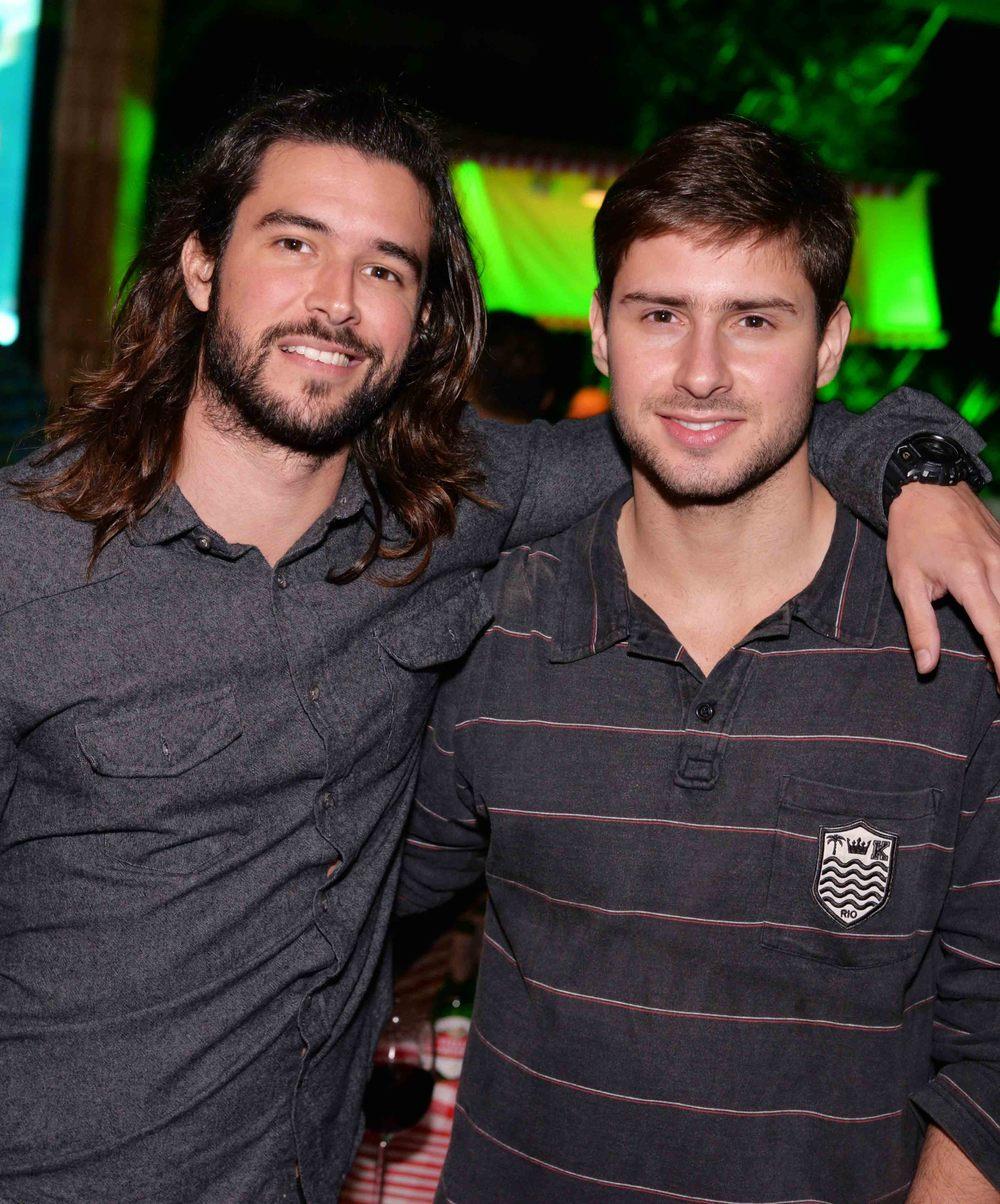 Bernardo Velasco e Matheus Queiroz.jpg
