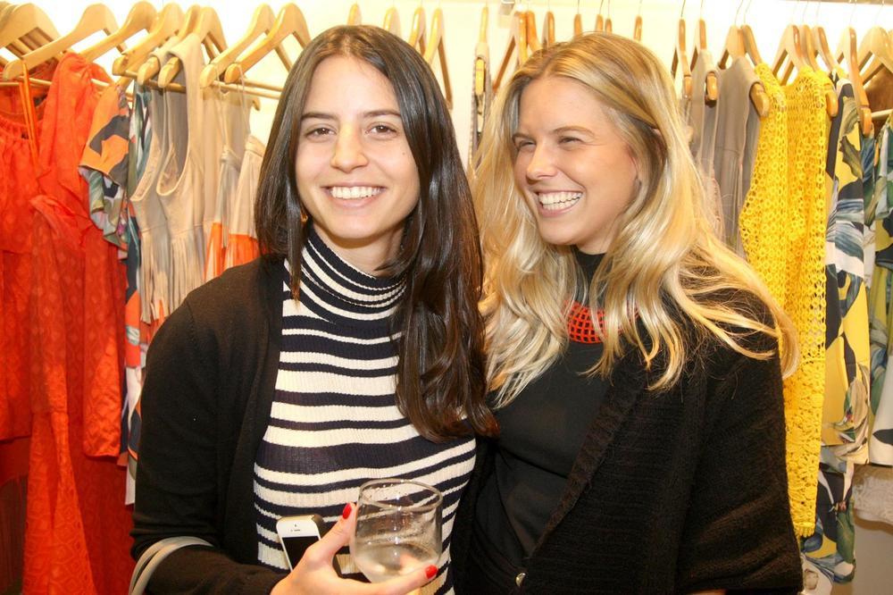RosanaBernardes&DanielaBernardes abrem Verão na Guipire, no Fashion Mall. Fotos Antonio Kämpffe. 1º.12 (221).JPG