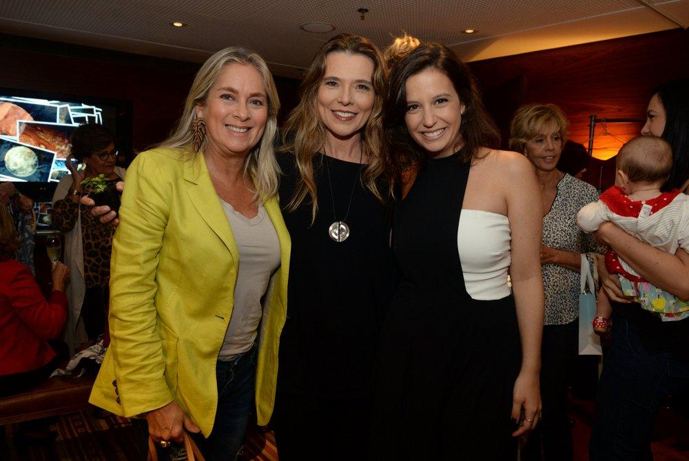 Carla Moura, Andrea Tremonti e Rafaela Prado.JPG