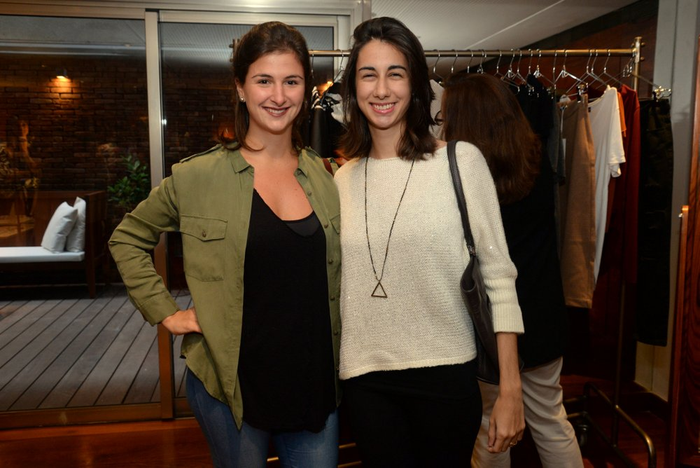 CLara Naveiro e Leticia Moraes.JPG