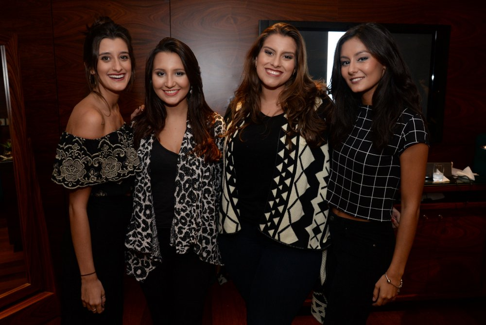 Gabriela Gelli, Ana Luz Novaes, Joana Azevedo e Ana Beatriz Carvalho.JPG