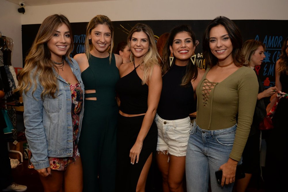 Flavia Regis, Lu D'Angelo, Mariana Reis, Cintia Elcher e Fernanda Britto.JPG