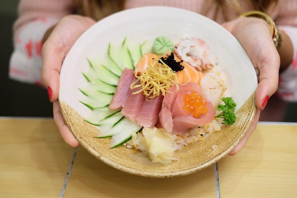 A Rua Santa Clara, em Copacabana, acaba de inaugurar um novo empreendimento: o Soy,restaurante japonês. Vem conhecer! ;)