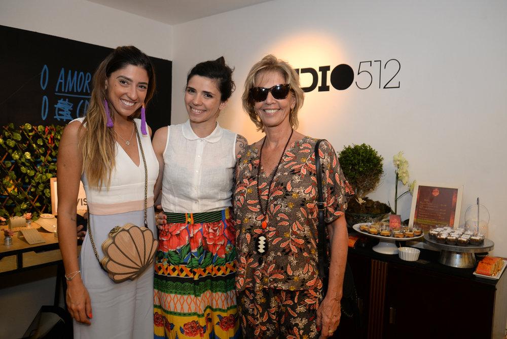 Luiza D'Angelo, Erica Barreira e Liliana D'Angelo.JPG