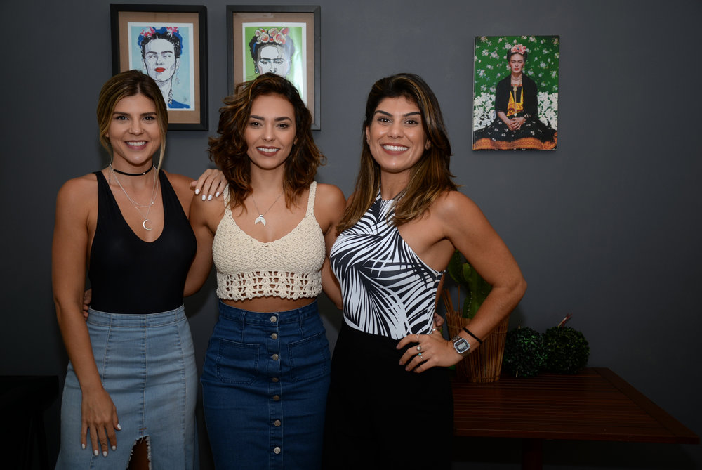 Mariana Reis, Fernanda Brito e Cintia Elchaer.JPG
