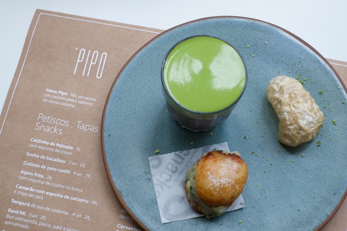 a85974da8c0 Lunch no Pipo by Felipe Bronze