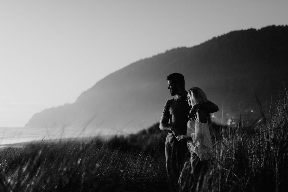 alternative-manzanita-engagement-photographer-28.jpg
