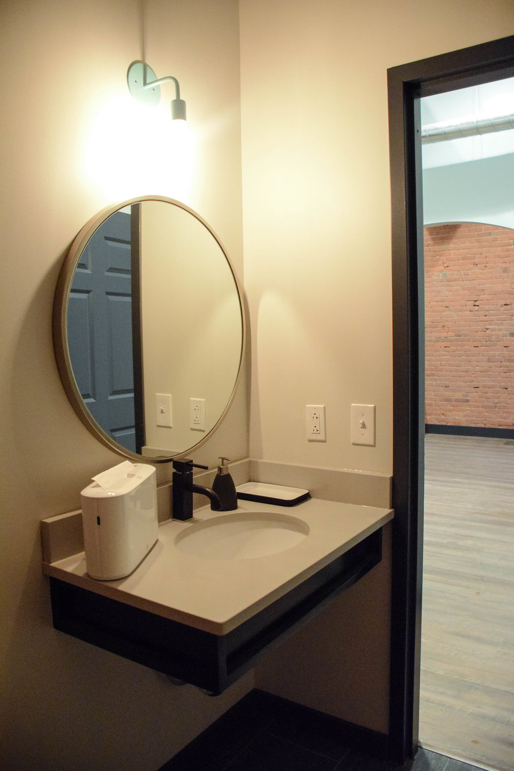 bliss buildout | iby downtown-0877.jpg