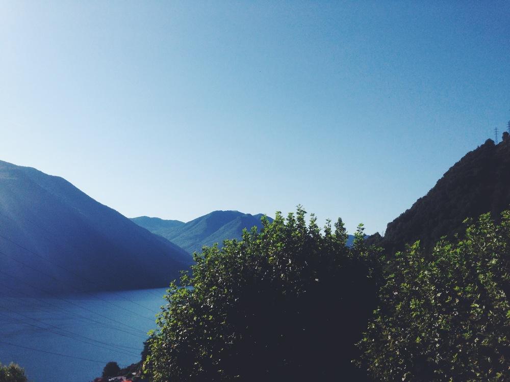 lake como view.jpg