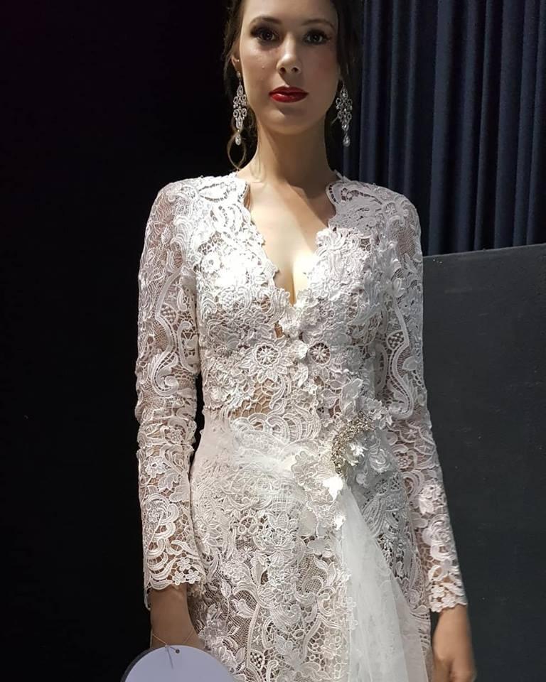 dress-maker-white-lace-bespoke-bridal-designer-helena-dress-maker-couture-designs-custom-wedding-dresses-gold-coast-brisbane-affordable-noosa