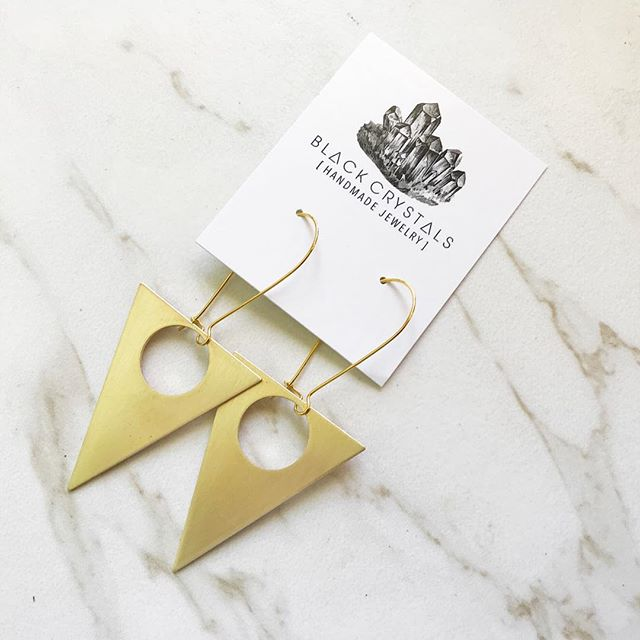 These triangle earrings have finished their round of being polished in the tumbler & ready to be packaged and shipped out!