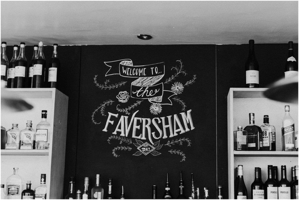 TheFavershamWedding-LukeHolroyd-Yorkshirewedding_0024.jpg