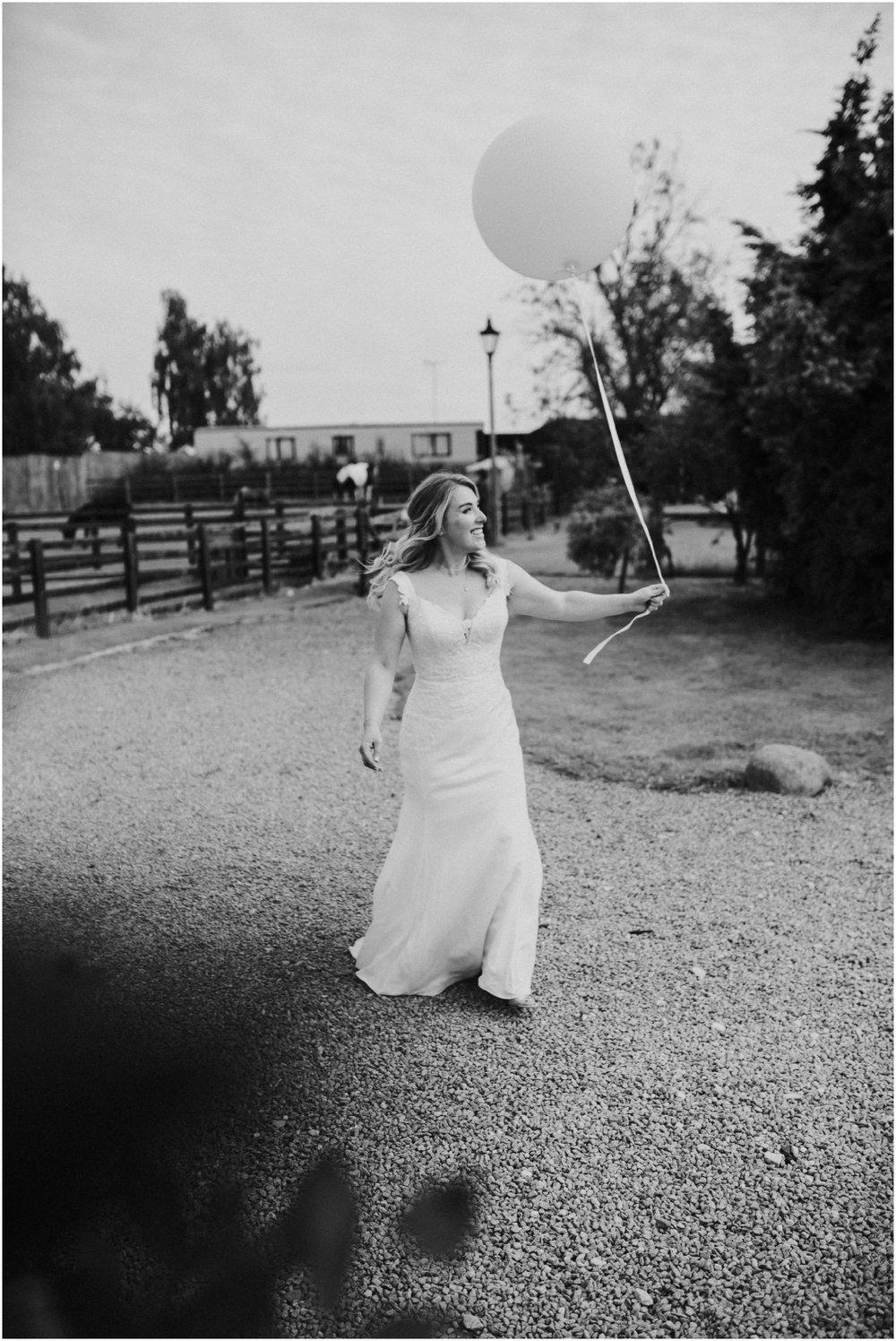 SkipbridegFarmWedding-LukeHolroyd-Yorkshirewedding_0113.jpg