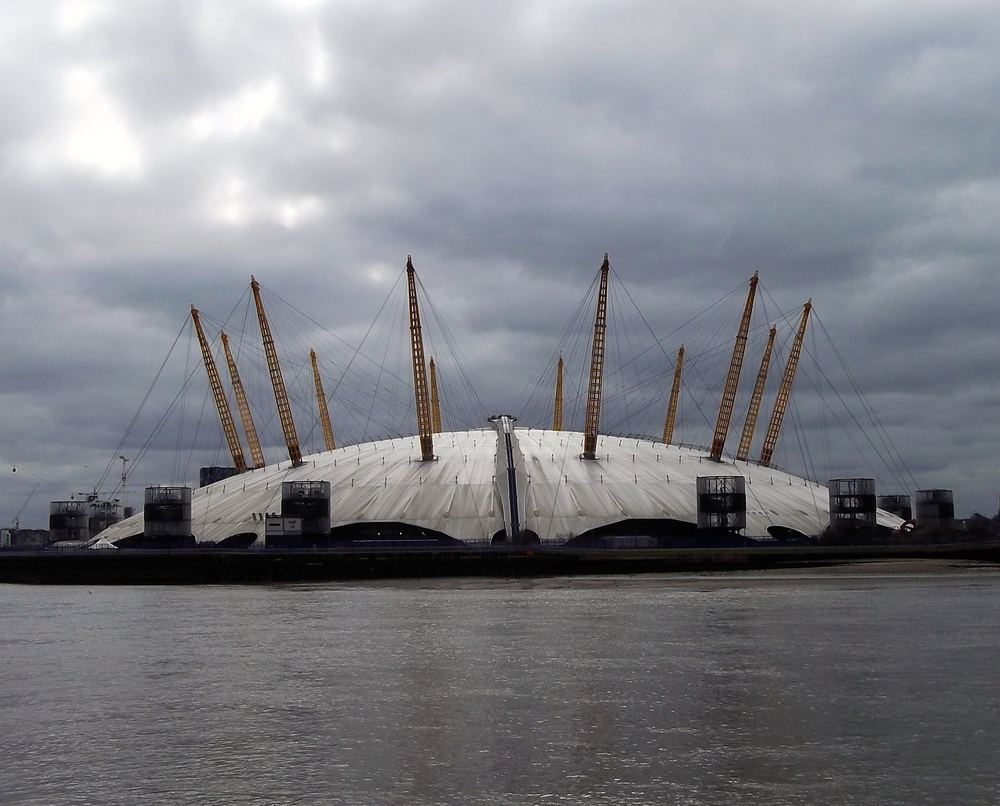 THE O2 FROM A DISTANCE