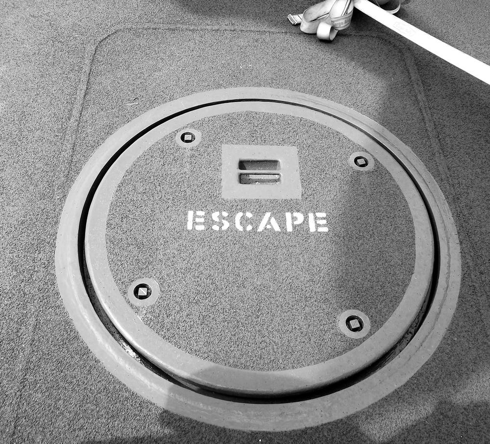 HMSDefender_escape.jpg