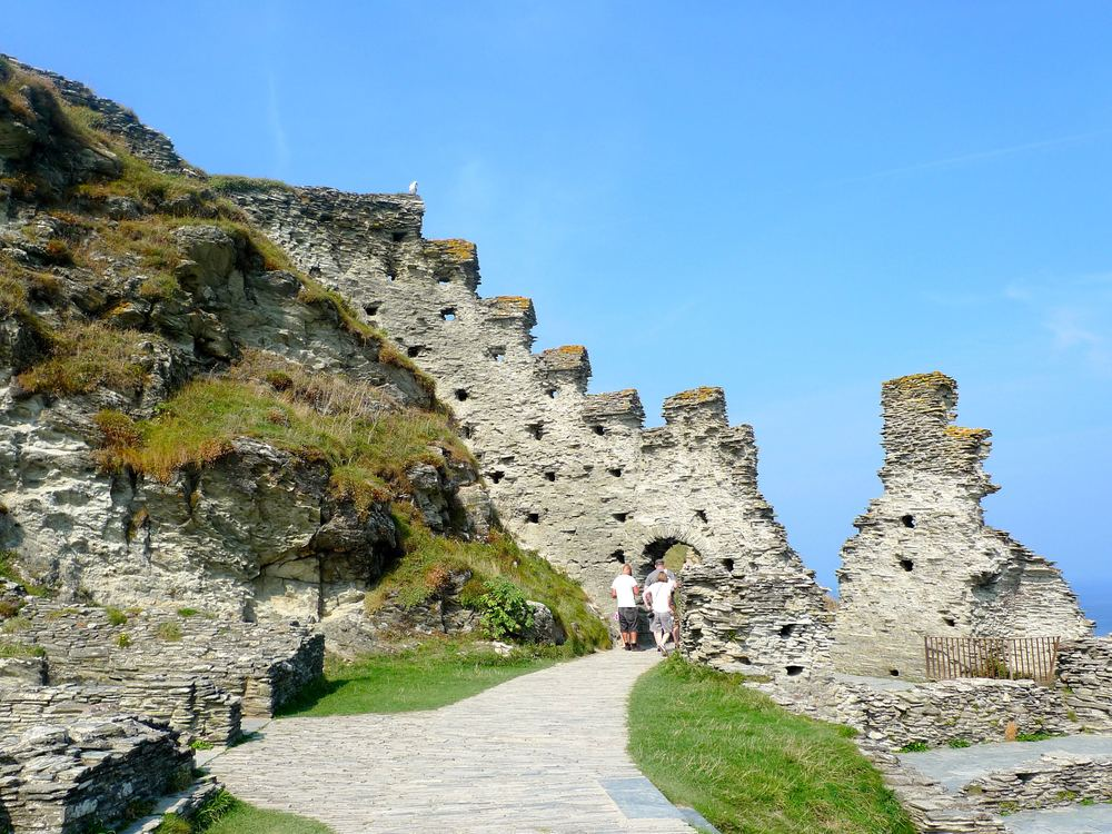 Sun on Saturday: Tintagel Castle and 148 steps for starters...