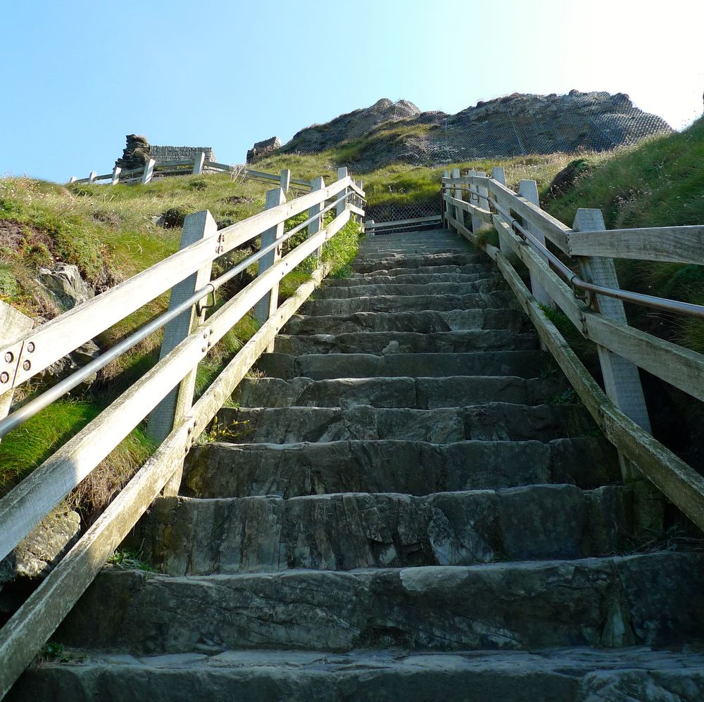 Tintagel Castle and more steps