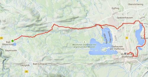 Cycling on to Murnau, with a stop at the lake