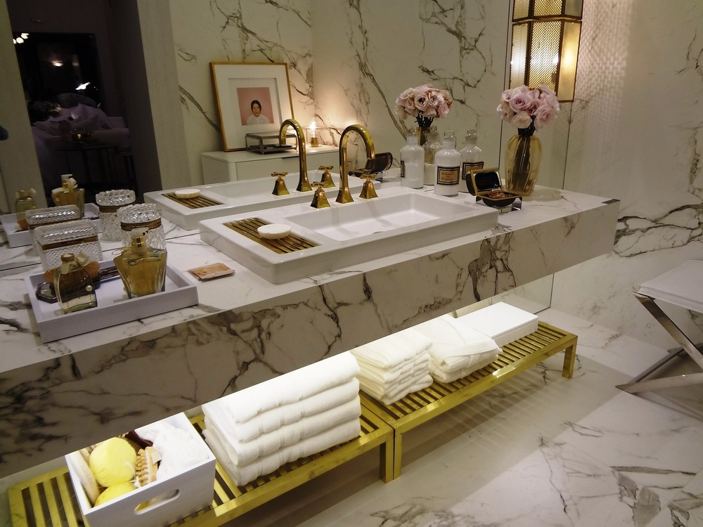 A MORE TRADITIONAL USE OF MARBLE, Image source: Pixabay