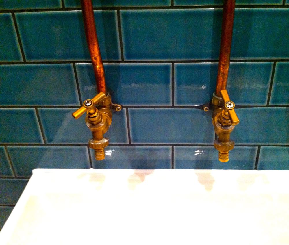 sink&copperpipes.jpg